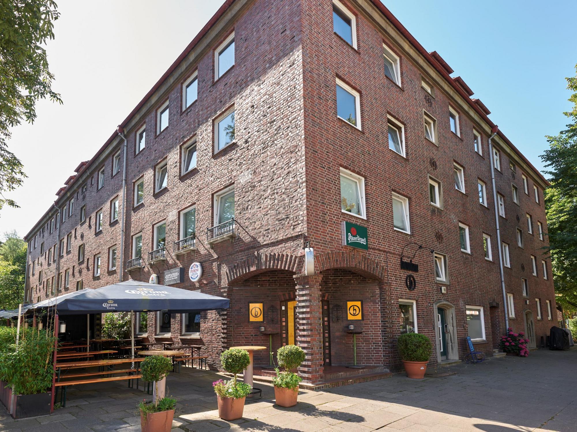Genossenschaftswohnungen, Stellplätze und Gewerbefläche in Hamburg